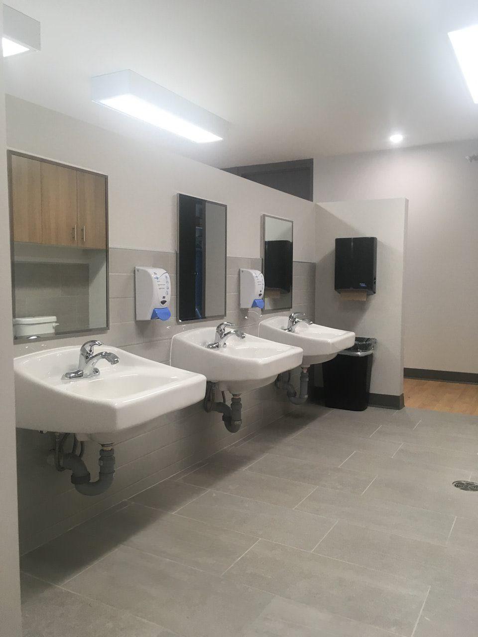 Facility bathroom sinks